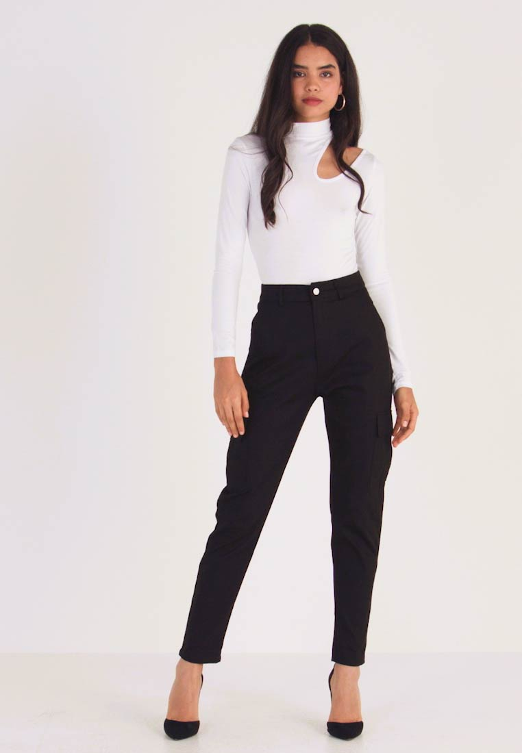 Missguided Tall - HIGH WAISTED CARGO TROUSERS WITH SIDE POCKETS - Stoffhose - black