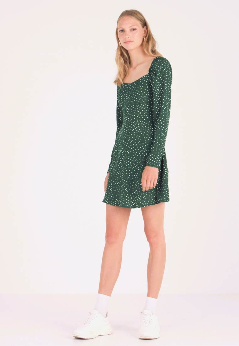 Missguided Tall - MILKMAID SKATER DRESS POLKA - Day dress - green