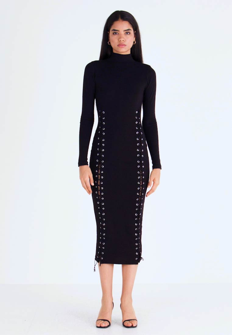 Missguided Tall - HIGH NECK EYELET MIDAXI DRESS - Žerzejové šaty - black