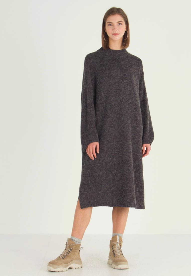 Monki - MALVA DRESS - Stickad klänning - grey dark unique