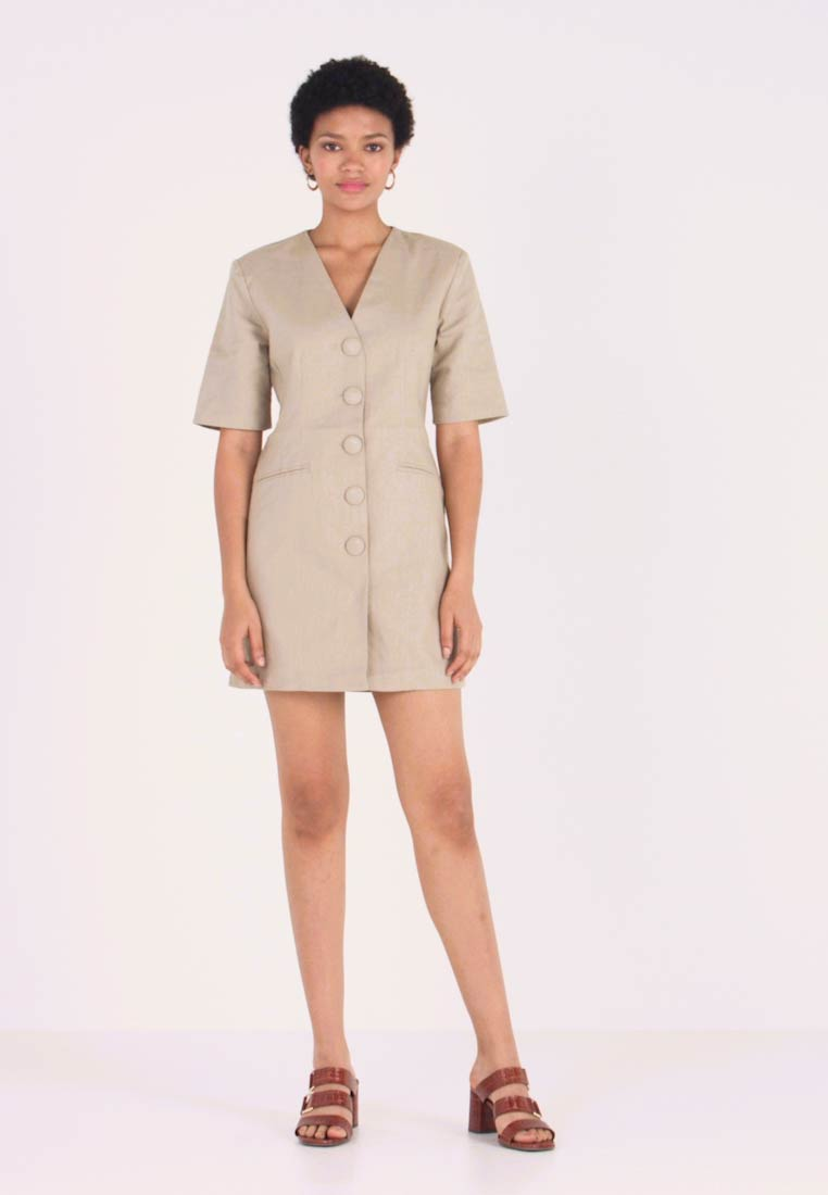 Nly by Nelly - FITTED SHARP DRESS - Etuikjoler - beige