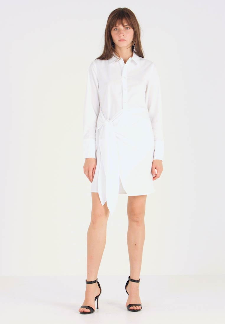 Nly by Nelly - WRAPPED DRESS - Skjortekjole - white