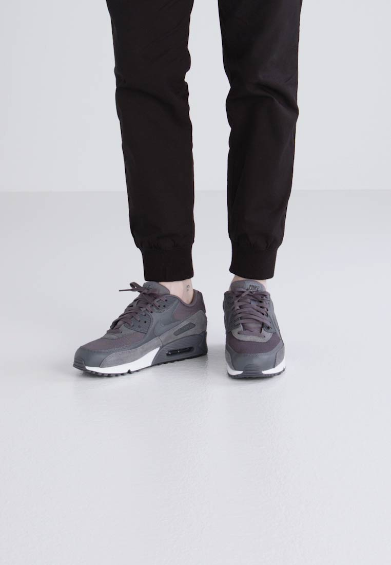 Nike Sportswear AIR MAX 90 ESSENTIAL - Zapatillas dark grey/black/white