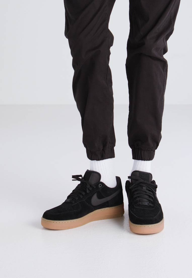 nike air force 1 07 lv8 suede black