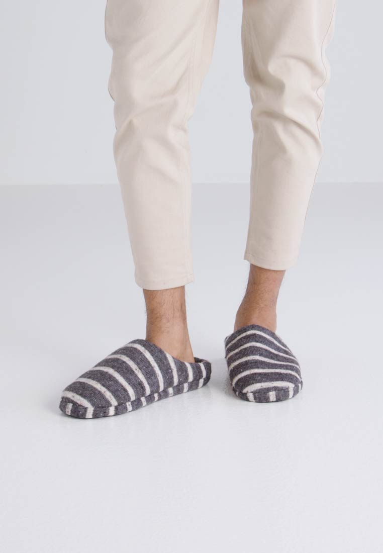 New Look SLIPPER MULE - Slippers - mid grey CUFTDDO