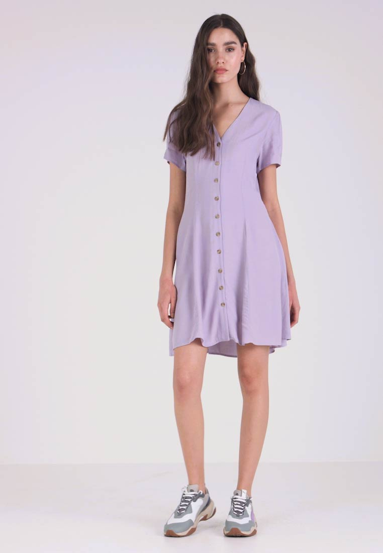 New Look - EXCLUSIVE BUTTON THROUGH TEA DRESS - Blusekjoler - lilac