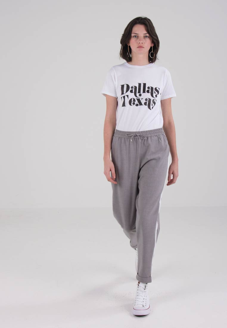 ONLY ONLROMA PANEL MELANGE PANTS  - Bukser - light grey melange/cloud dancer