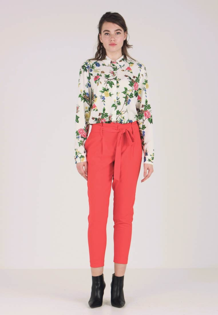 ONLY - ONLFINI PAPERBAG ANKLE PANT - Trousers - flame scarlet