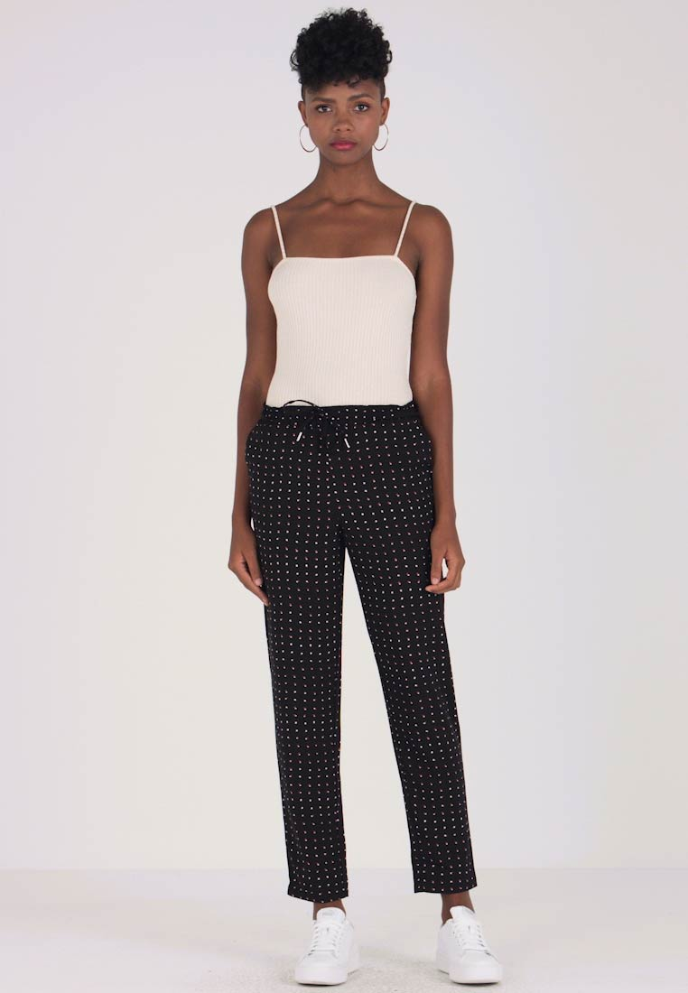 ONLY - ONYMICHELLE PULL UP PANTS  - Pantalones - black/white