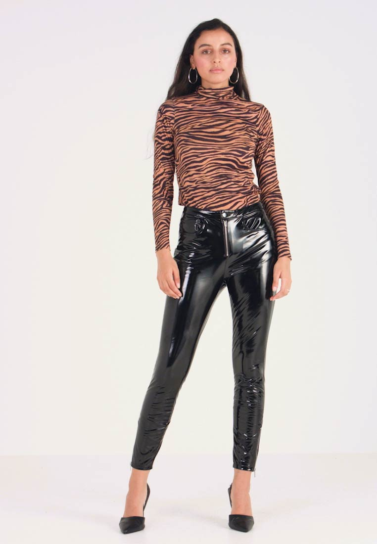 ONLY - ONLBEA GLAZED PANT - Trousers - black