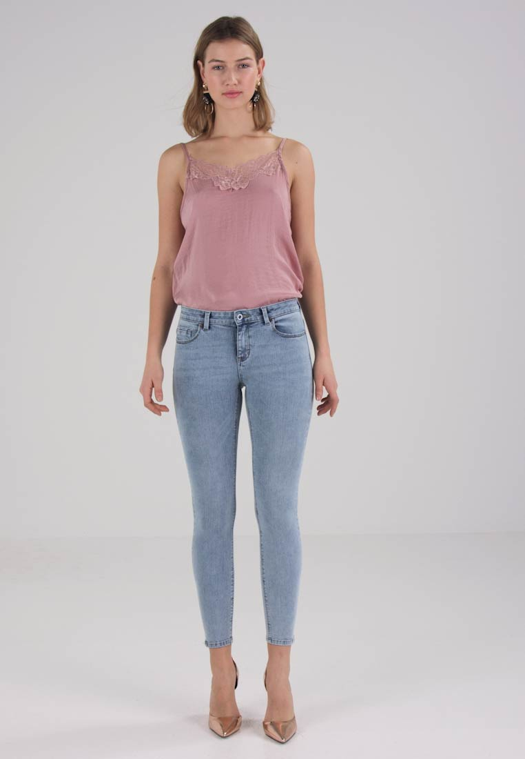 ONLY - ONLCARMEN - Jeans Skinny Fit - light blue denim