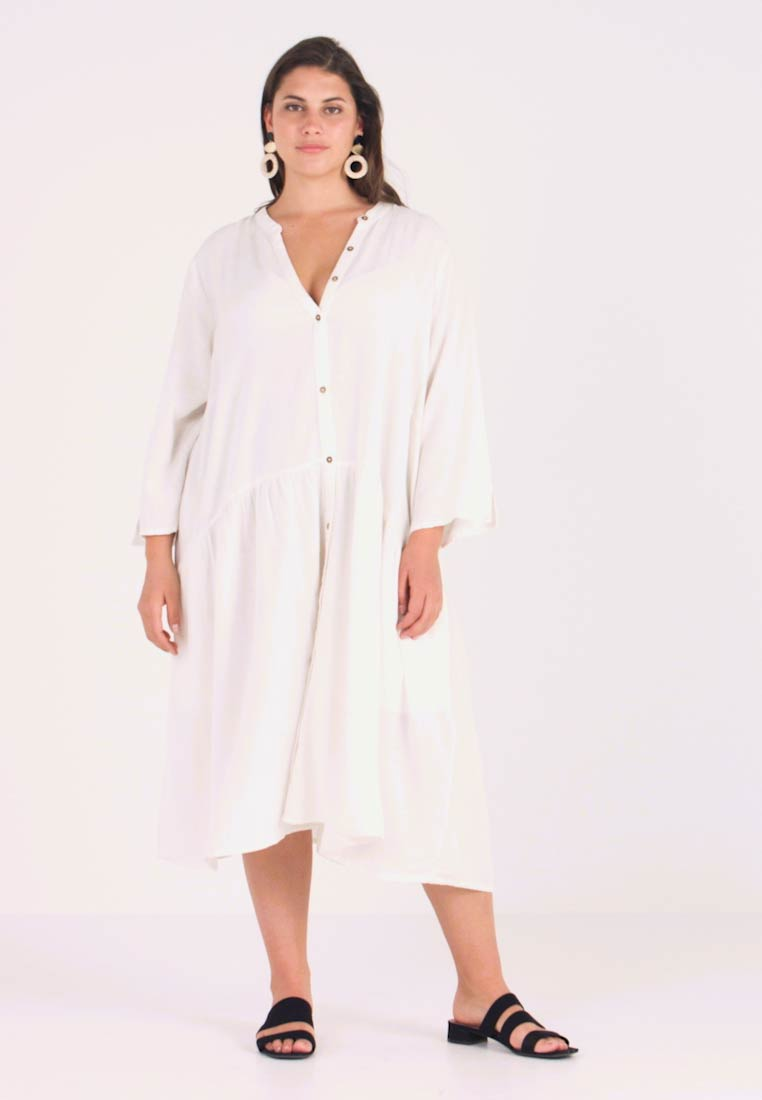 ONLY Carmakoma - CARMIRA DRESS - Shirt dress - cloud dancer