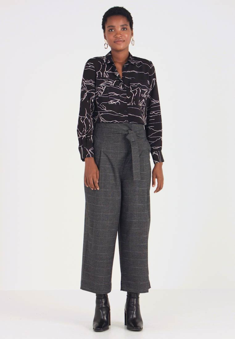 Marc O'Polo DENIM - PAPER BAG WAISTBAND BELT - Trousers - check grey