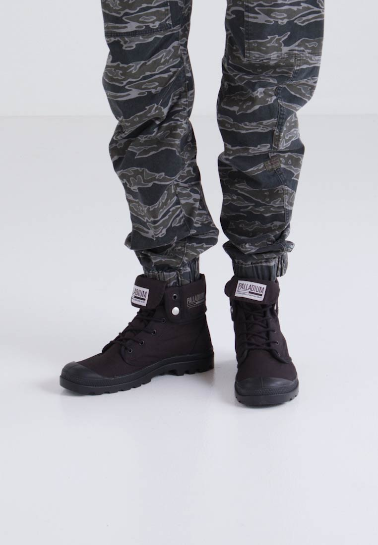 Palladium BAGGY ARMY CAMP - Bottines à lacets - black