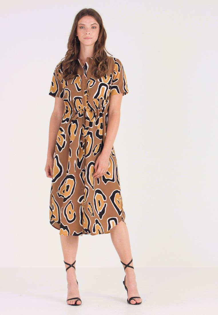 Pieces - PCCALLY MIDI DREES - Blusenkleid - toasted coconut/cow
