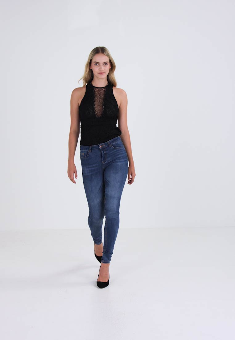 Pieces jeans fit Slim DELLY PCFIVE z0qwAr7zU