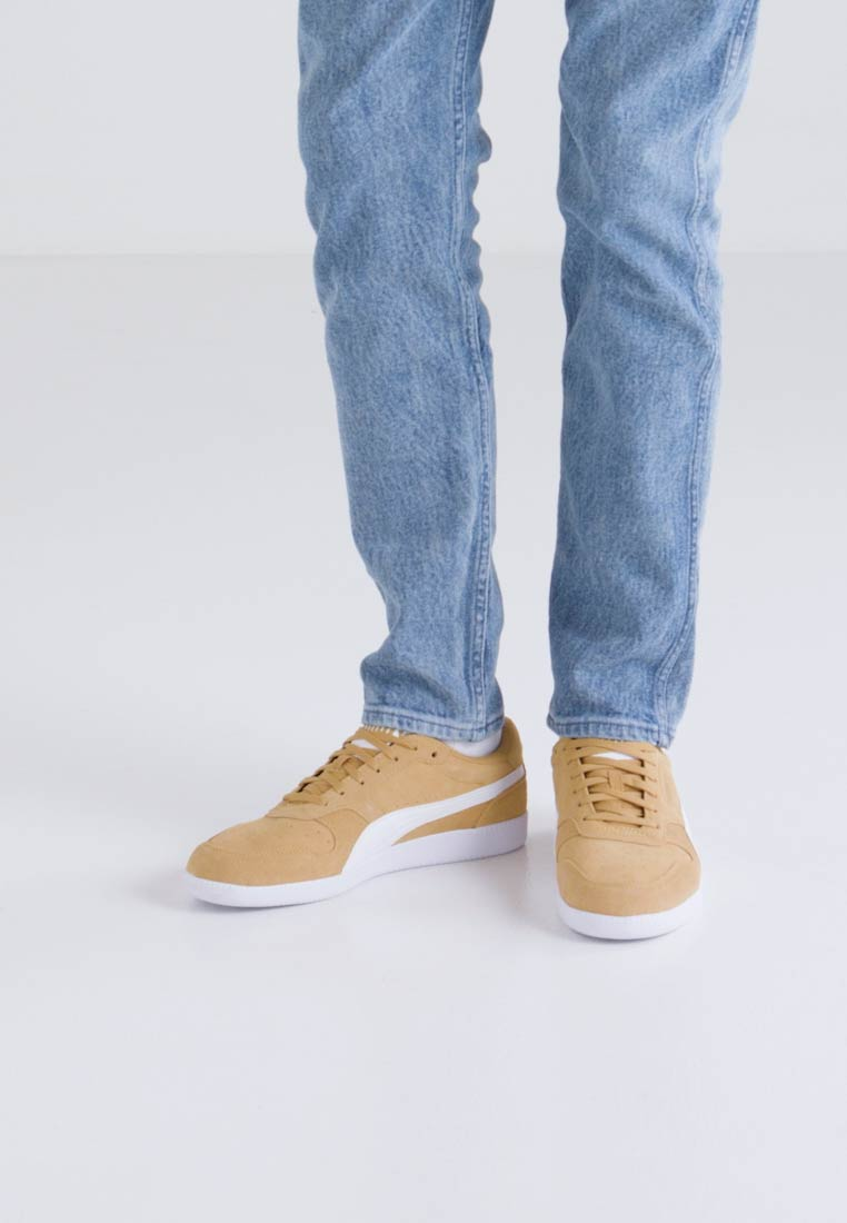 Puma ICRA TRAINER SD - Joggesko - honey mustard/white