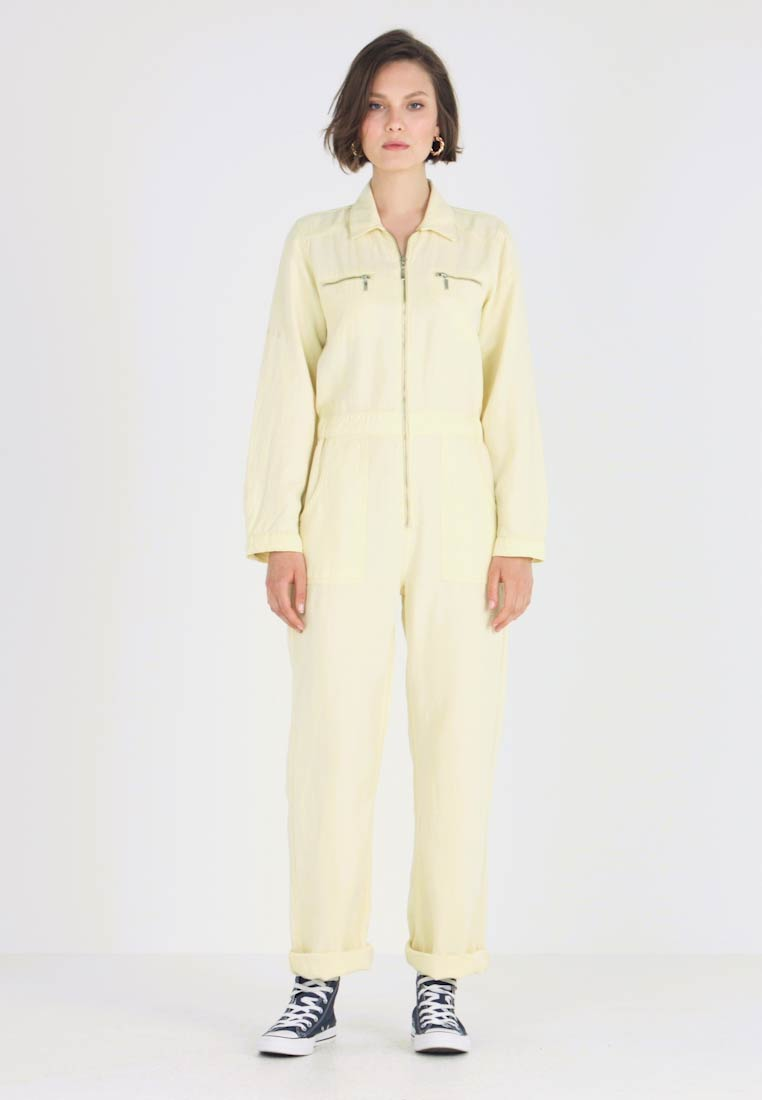 BDG Urban Outfitters - VICTORY BOILER SUIT - Jumpsuit - yellow