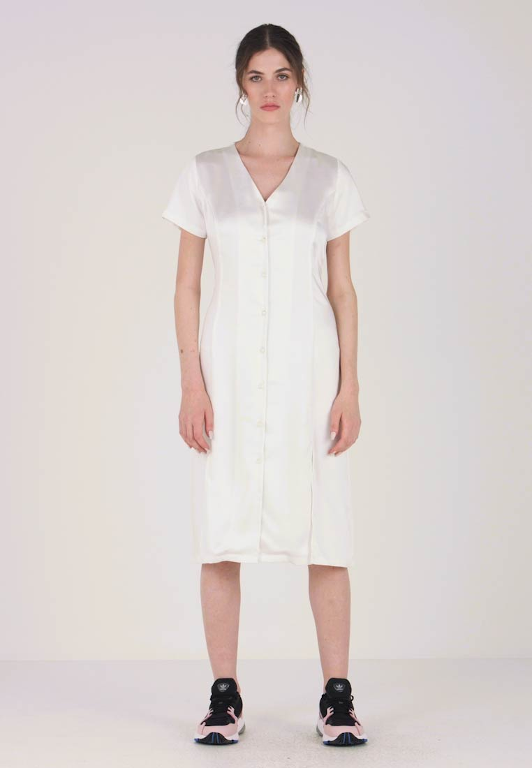 Dress Robe Résumé fr White Martina Zalando D'été A3Rjq45L