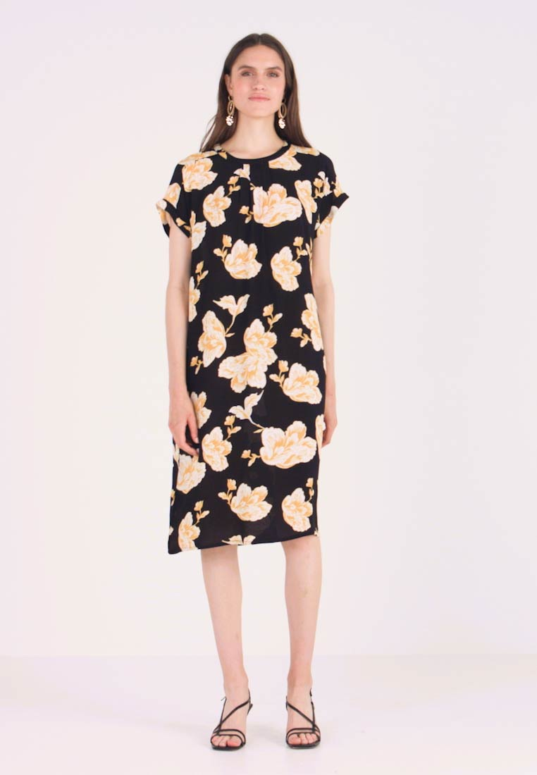 Saint Tropez - DRESS ON KNEE - Day dress - black