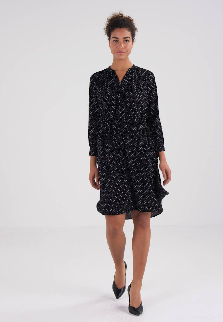Selected Femme SFDAMINA 7/8 DOT DRESS - Kjole black/snow white dots