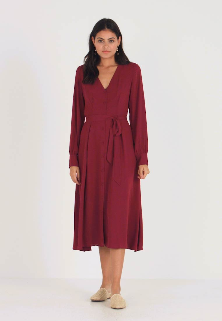 Selected Femme - SLFZENA MIDI DRESS - Freizeitkleid - cabernet