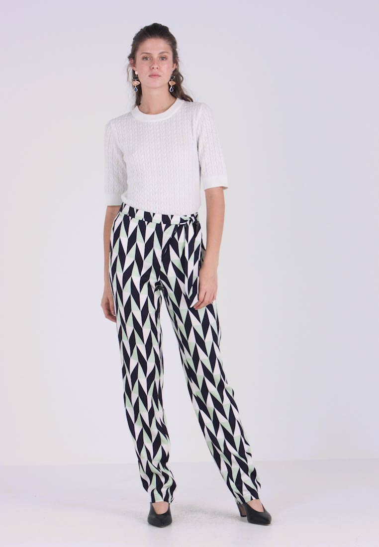 Selected Femme Tall - SLFRIKKI WIDE PANT - Trousers - snow white