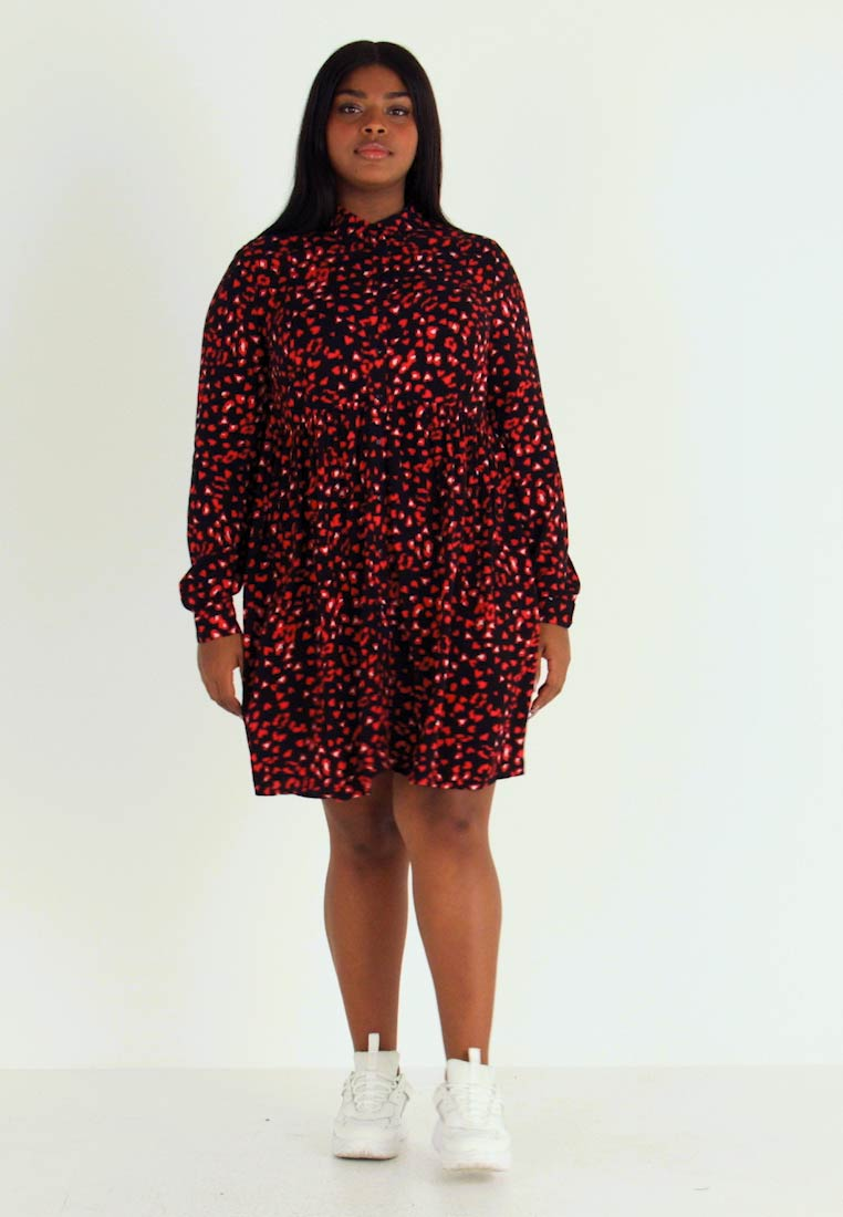 Simply Be - SMOCK - Vestido camisero - red print