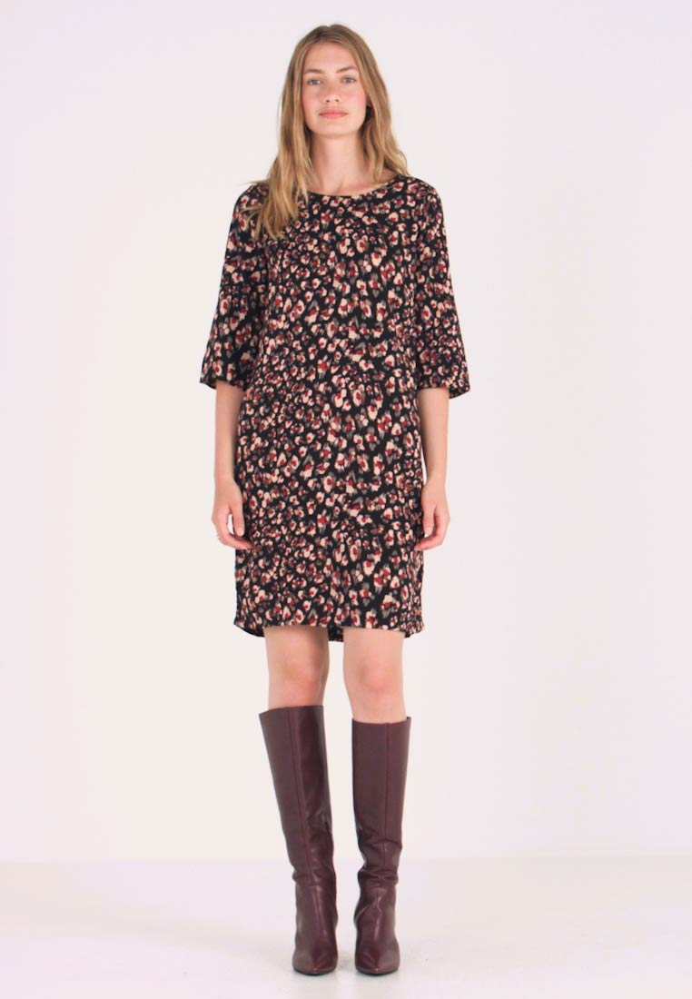 Soyaconcept - BERLIN - Day dress - cabernet combi
