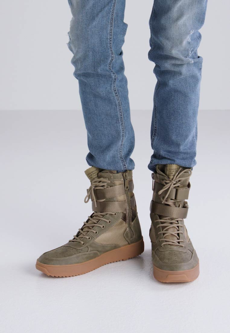 Steve Madden ZERODAY - Bottines à lacets vert