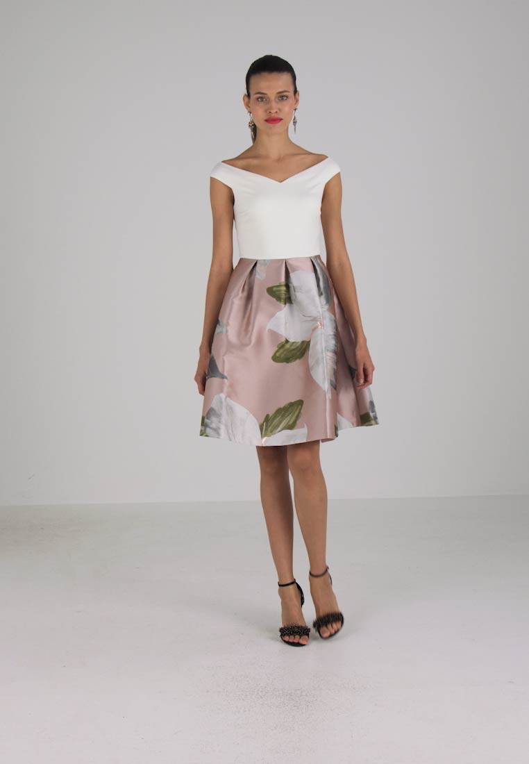 6b82221d7540 Ted Baker VALTIA CHATSWORTH - Cocktail dress   Party dress - natural ...
