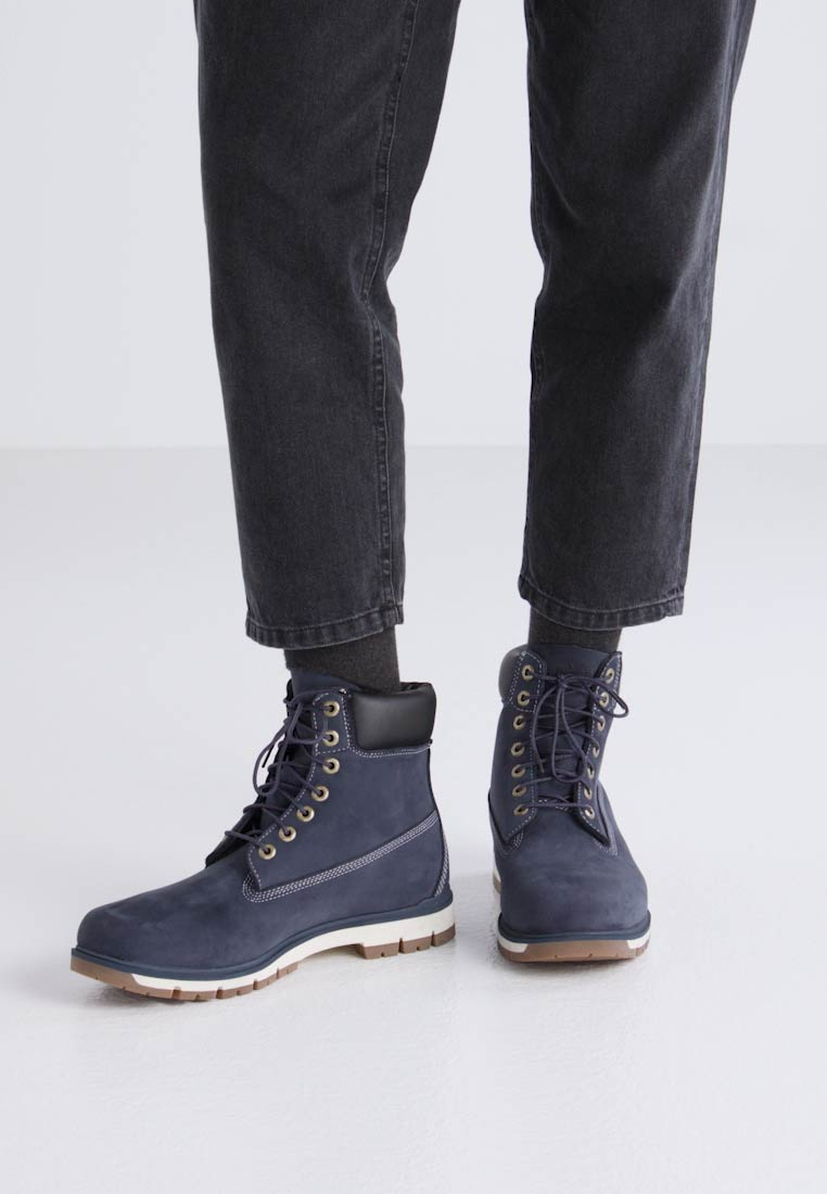 Timberland RADFORD 6 IN BOOT WP - Botines con cordones outerspace