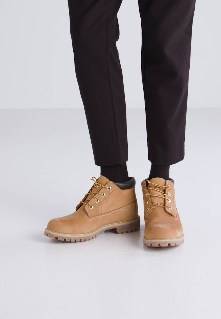 Timberland PREMIUM WP CHUKKA - Botas para la nieve wheat with chocolate