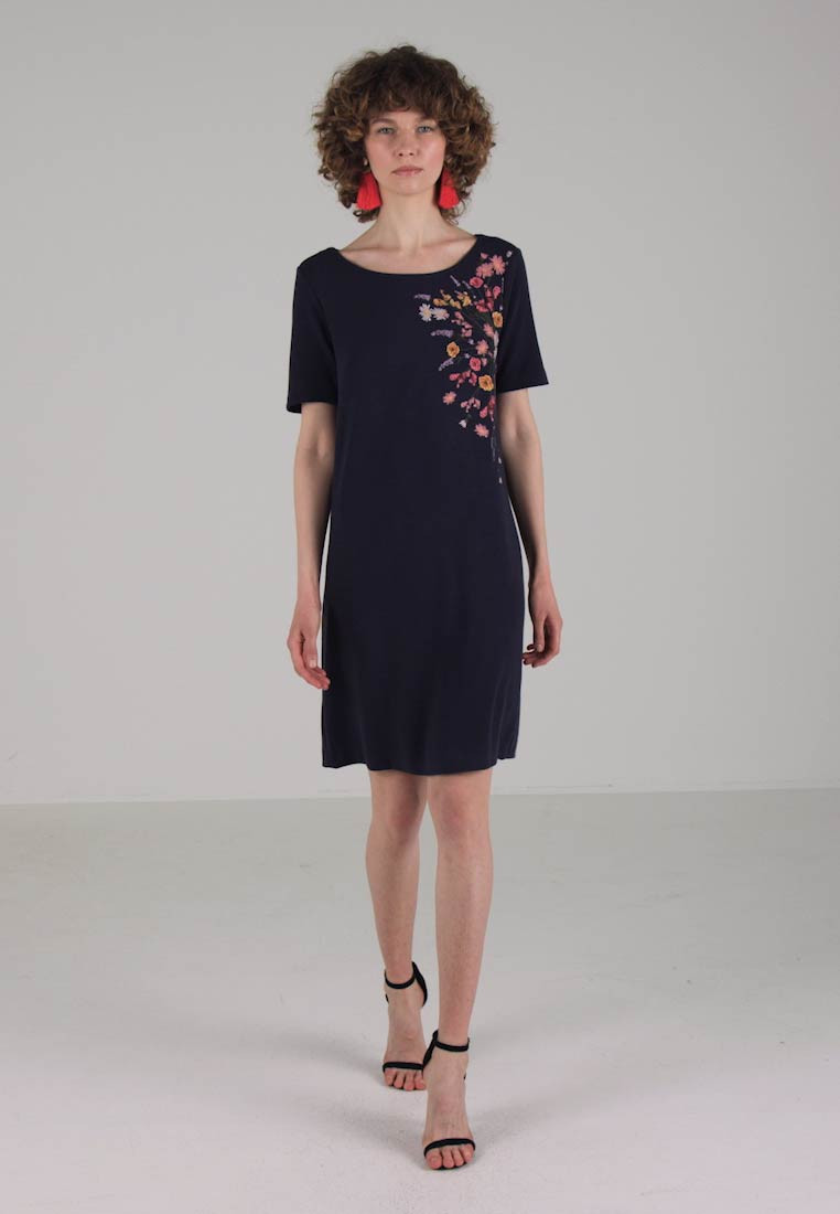TOM TAILOR SOLID EMBROIDERY DRESS - Robe dété - real navy blue