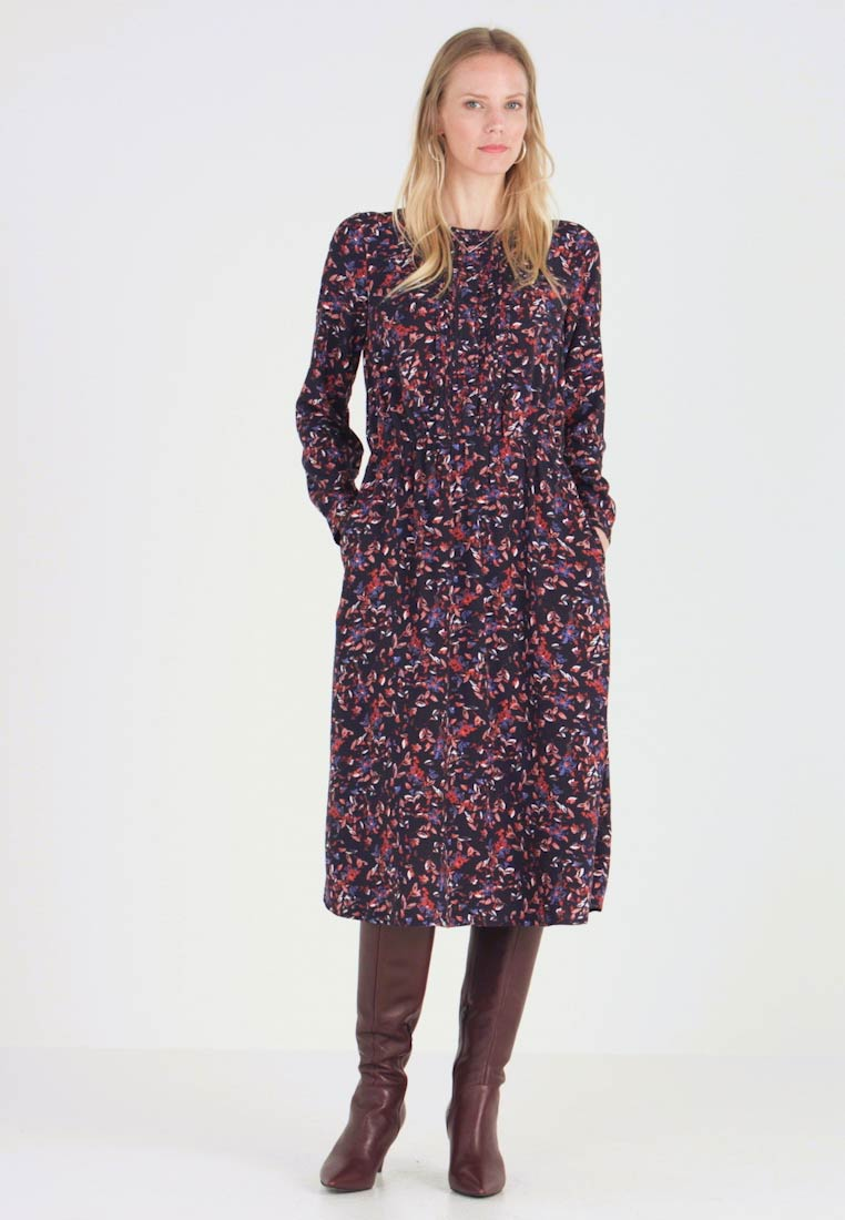 TOM TAILOR - DRESS WITH PINTUCKS - Blusenkleid - navy blue