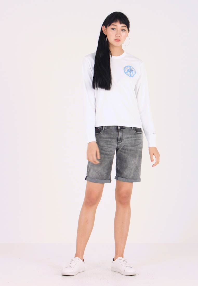 Tommy Jeans - PEACE AND LOVE LONGSLEEVE - Langarmshirt - classic white
