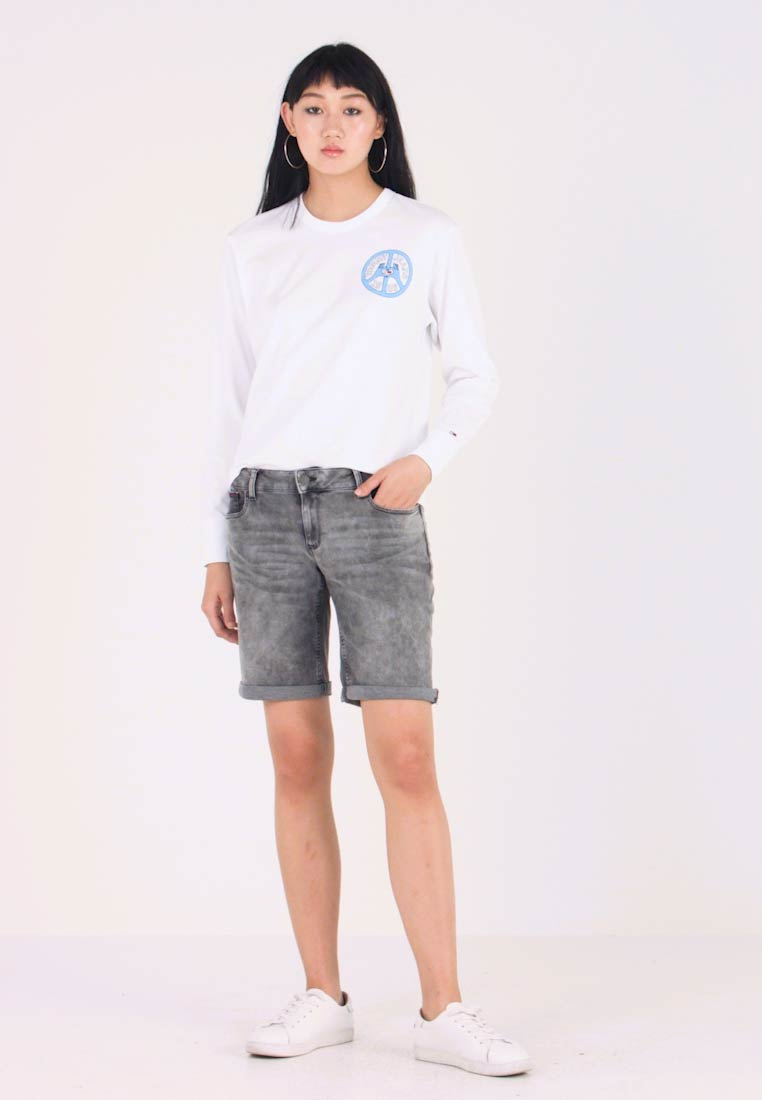 Tommy Jeans - CLASSIC LONGER - Jeans Short / cowboy shorts - arizona