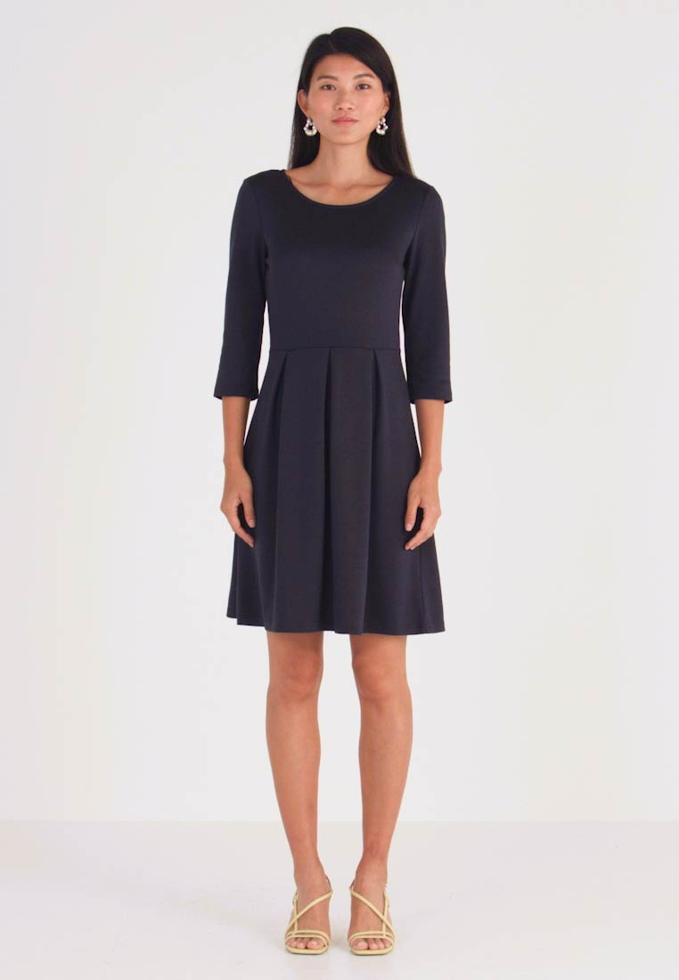 Vila - VITINNY  3/4 SLEEVE DOLL DRESS - Jersey dress - total eclipse