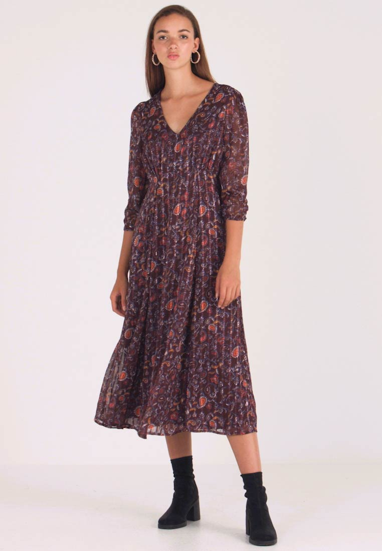 Vila - VIMAISAPAISA MIDI 3/4 SLEEVE DRESS - Freizeitkleid - dark purple