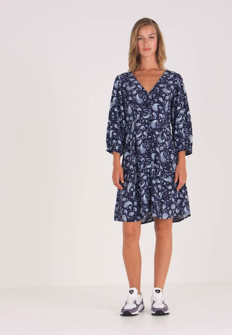 Vila - VIMEDA 3/4 DRESS - Robe chemise - navy blazer