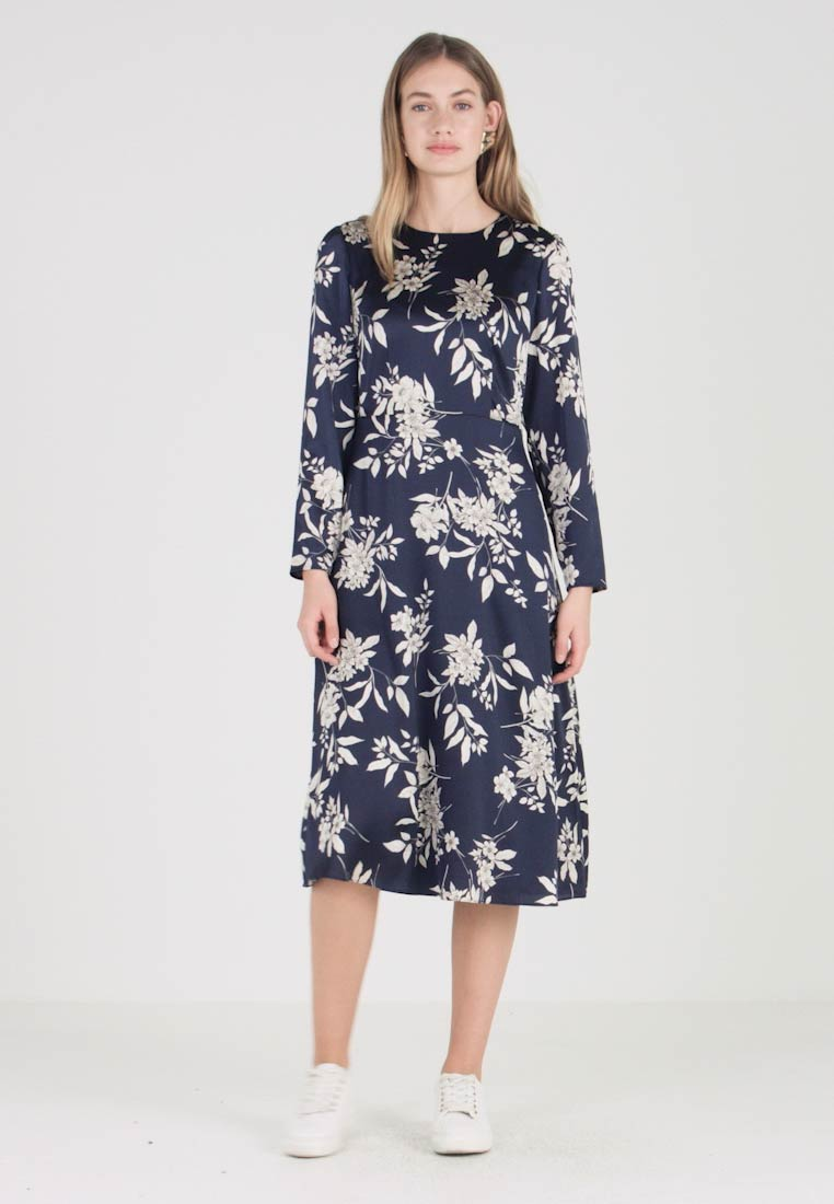 DressFreizeitkleid Ink Vince Refined Blue Camuto Etched Bouquet PkiXOZuT