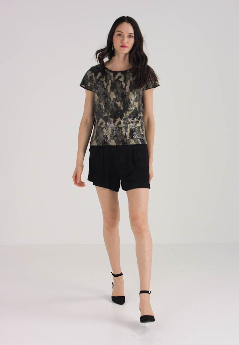 Cap Shell Rich Vince Blouse Olive Sequin Camuto 5S0nwFqa