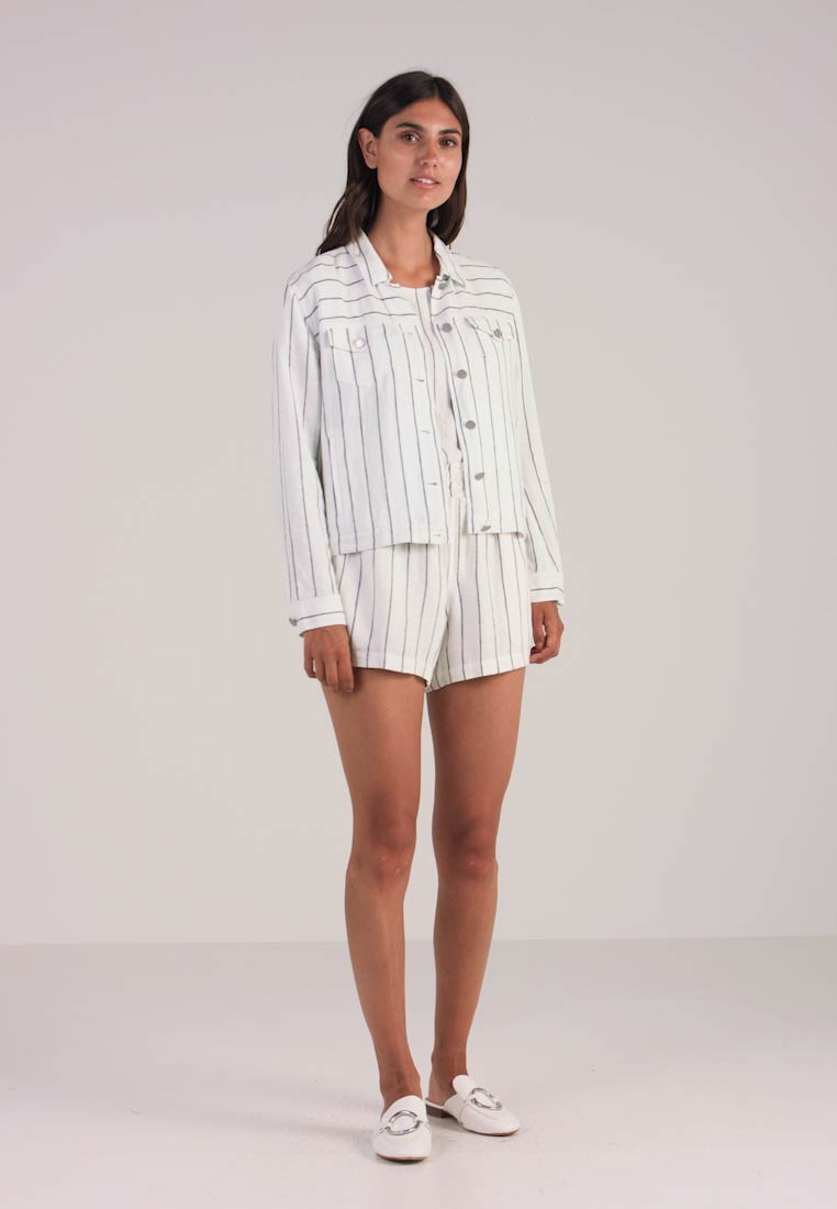 Vince Pinstripe White Ultra Summer Jacket Camuto rqYw7zq1