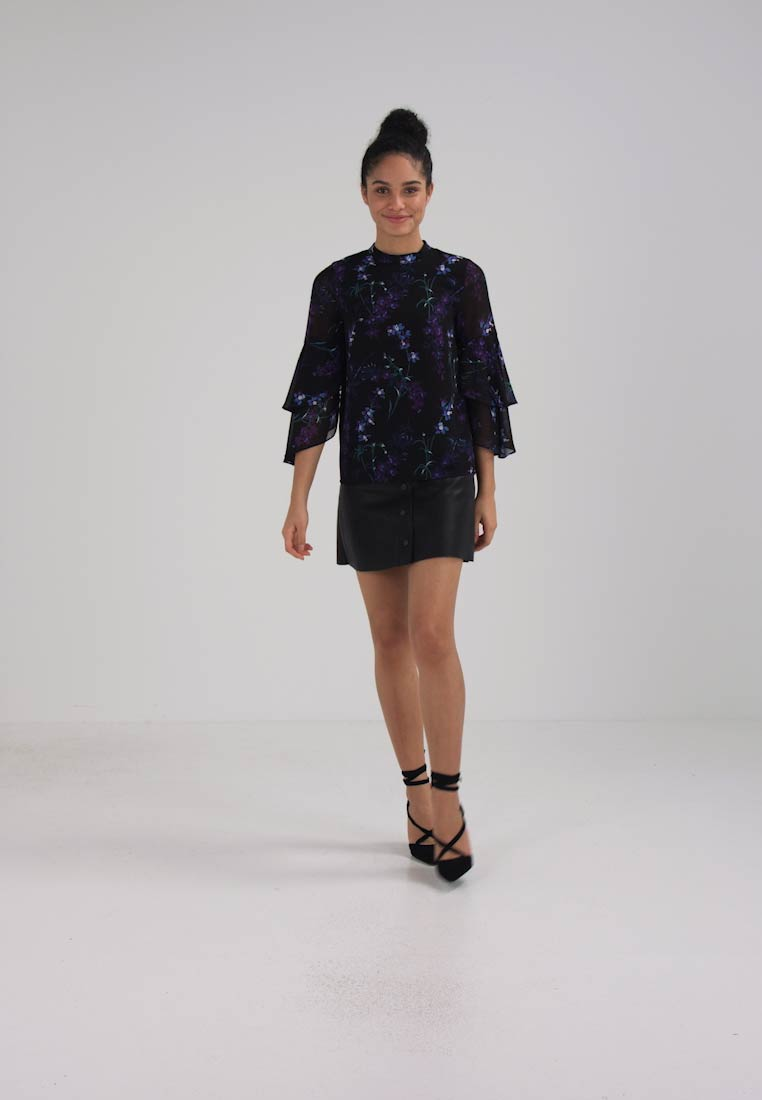 Warehouse GILLY FLORAL DOUBLE FLUTE - Blouse