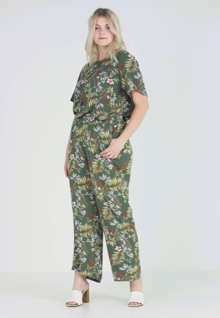 Zizzi - VCIGGA LOOSE FIT PANT - Broek - green tropic