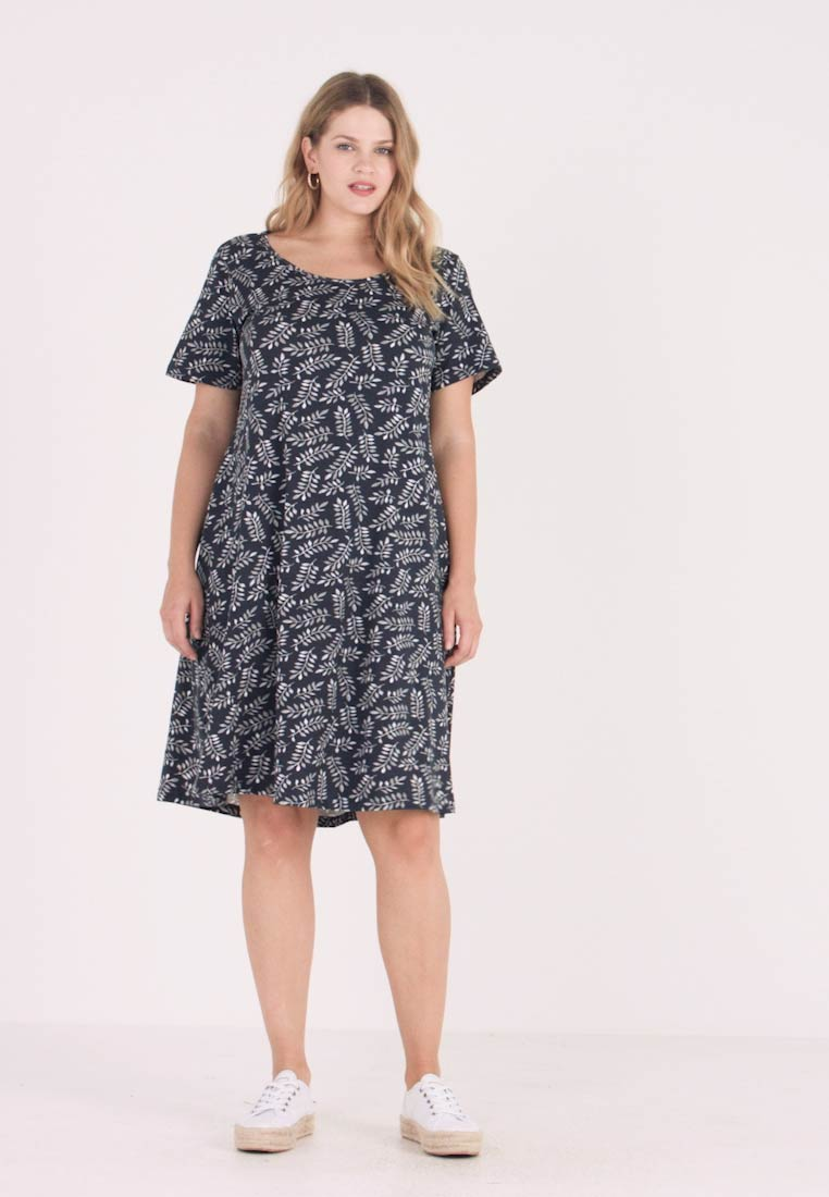 Zizzi - DRESS KNEE LENGTH LEAF - Žerzejové šaty - night sky