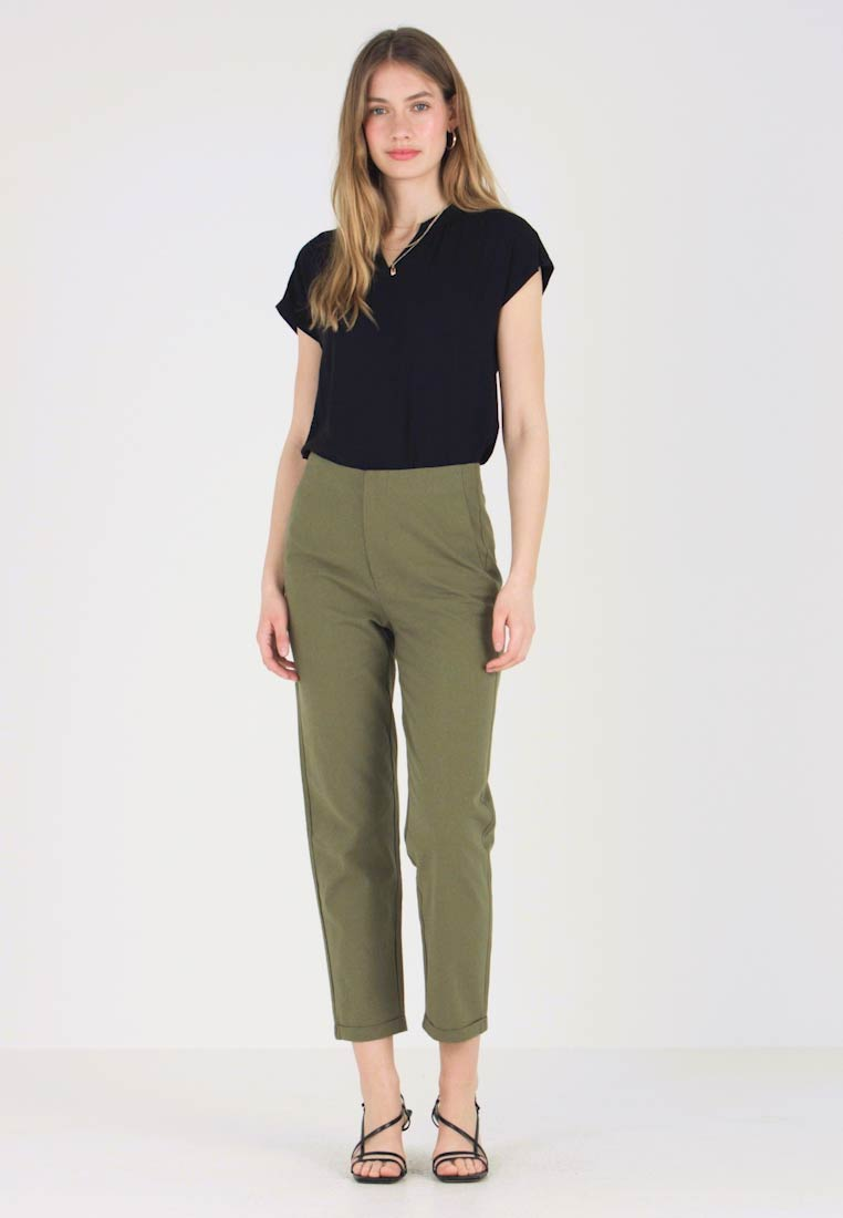 Zalando Essentials - Pantaloni - burnt olive