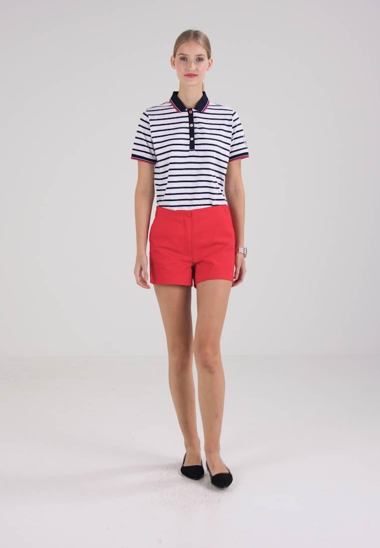Zalando Essentials - Shorts - barbados cherry